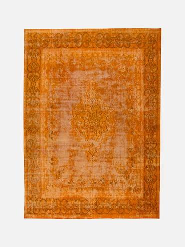 Decolorized Orange 281x388 cm